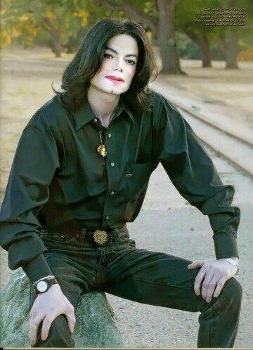 My-favorite-photo-michael-jackson-16363508-436-604