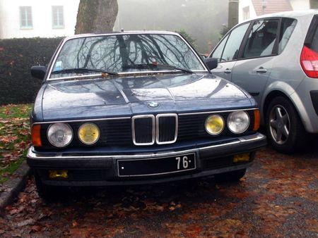 BMW728iE23av