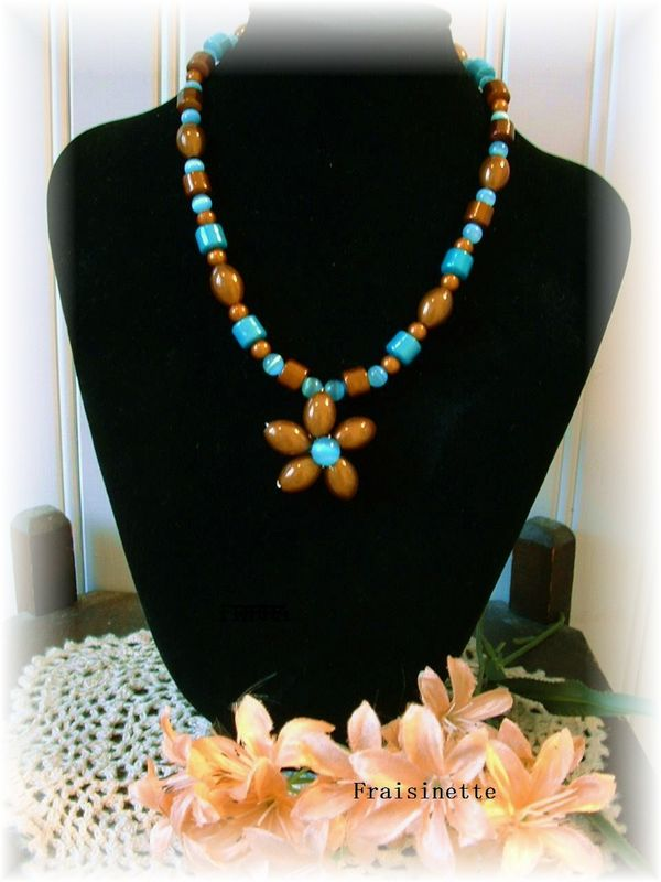 Collier_fleur_miracle_bead