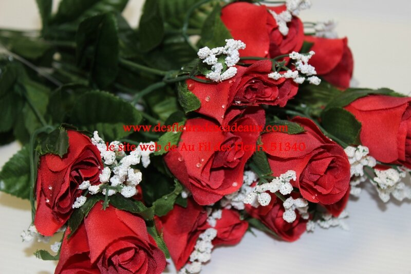 bouquet de roses rouges artificielles (2)