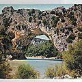 Pont d'arc datée 1960