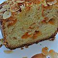 Cake aux abricots et à l'amande