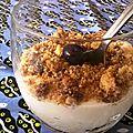 Crumble aux noix et myrtilles, creme bleu chocolat blanc