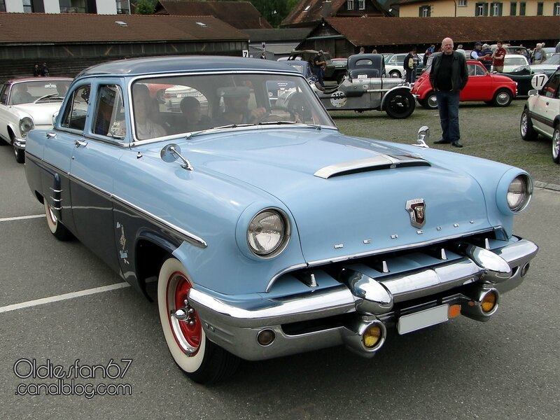 mercury-custom-sedan-1953-01