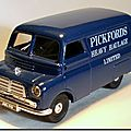 Bedford Van 1-43 Corgi Pickfords A