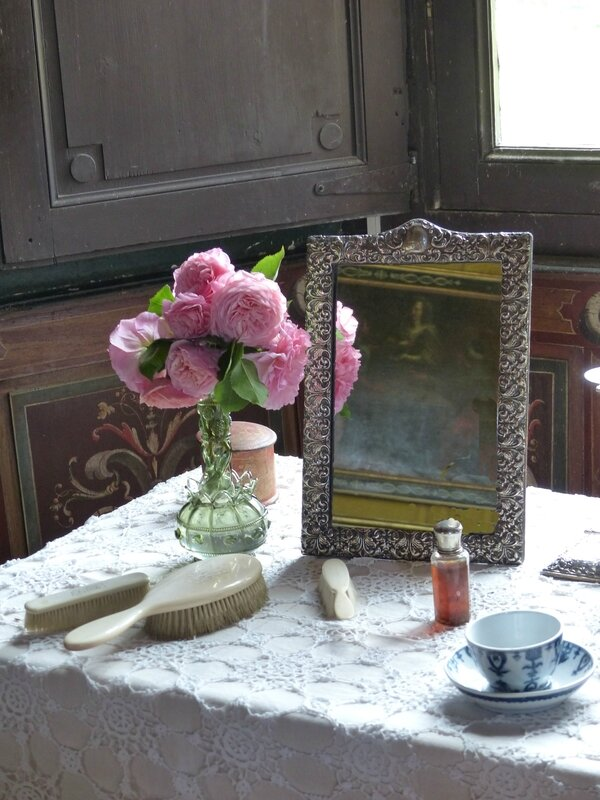 a-miroir