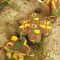 Un collier en mosaïque, aux couleurs d'automne (vue 2)
