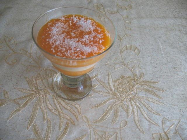 verrines : flan vanille au coulis d abricots