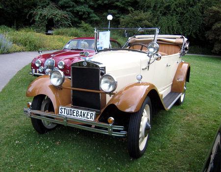 Studebaker_cabriolet_de_1928_01