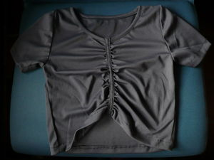 T_shirt_court_fronces_gris