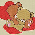 Des petits oursons amoureux