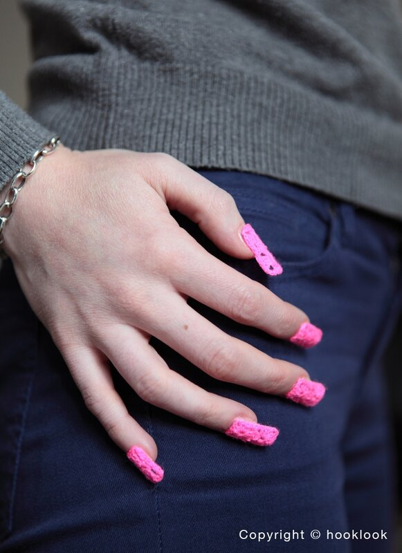 faux ongles crochet nail pink