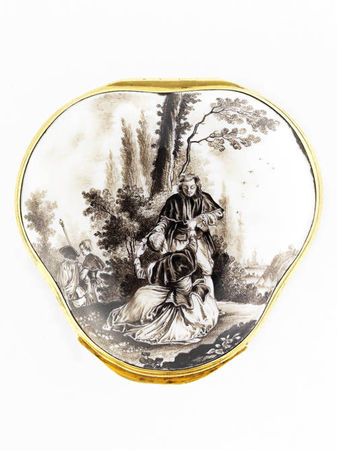 A_Meissen_gold_mounted_snuff_box__circa_1745_504