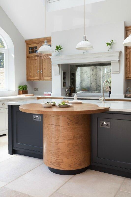 Barnes-Village-Luxury-Bespoke-Kitchen-Humphrey-Munson-11