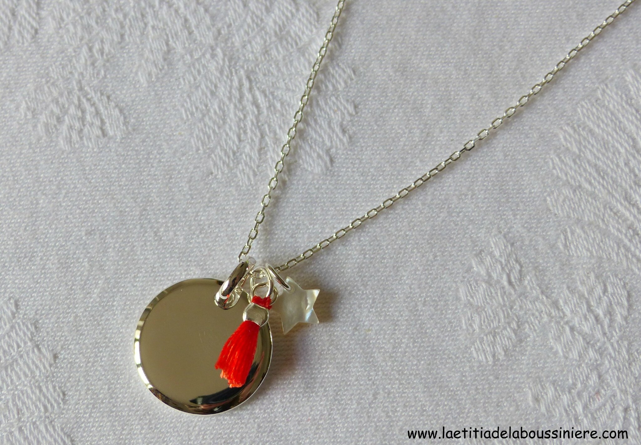 Collier Mary (corail) - 59 €