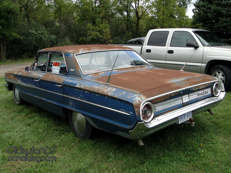 ford-galaxie-500-4door-sedan-1964-02
