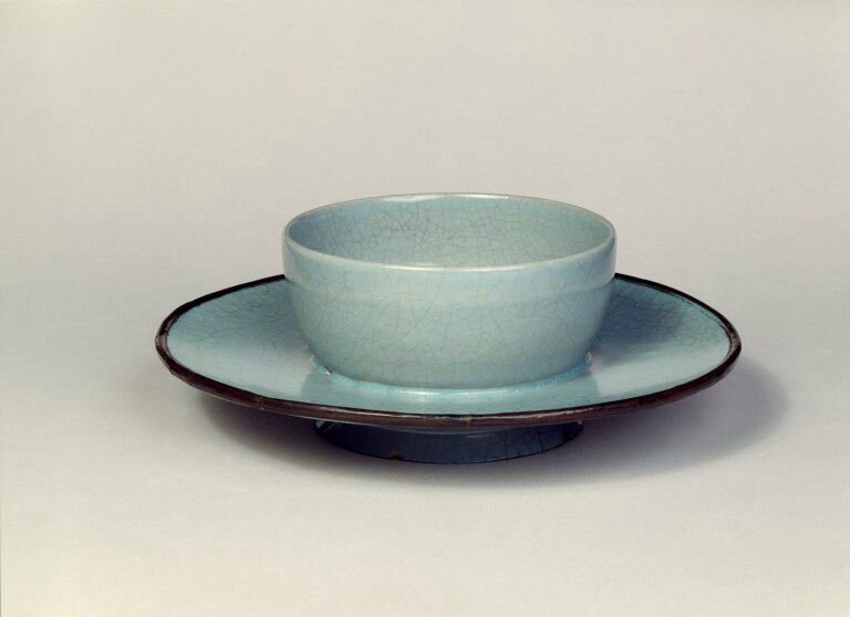 Cupstand, buff stoneware with bluish glaze, Ru ware, China, Northern Song period, about 1086-1106