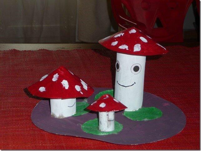 activit champignon de domi nounou b ziers villages. Black Bedroom Furniture Sets. Home Design Ideas