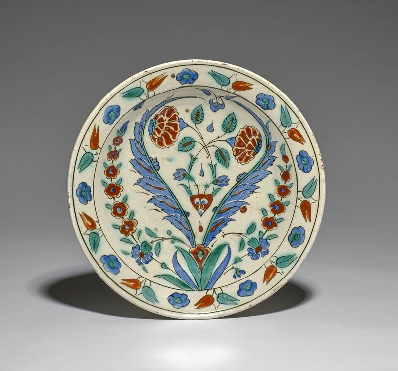 An Iznik pottery dish painted with double saz palms and flowers, Turkey, circa 1575