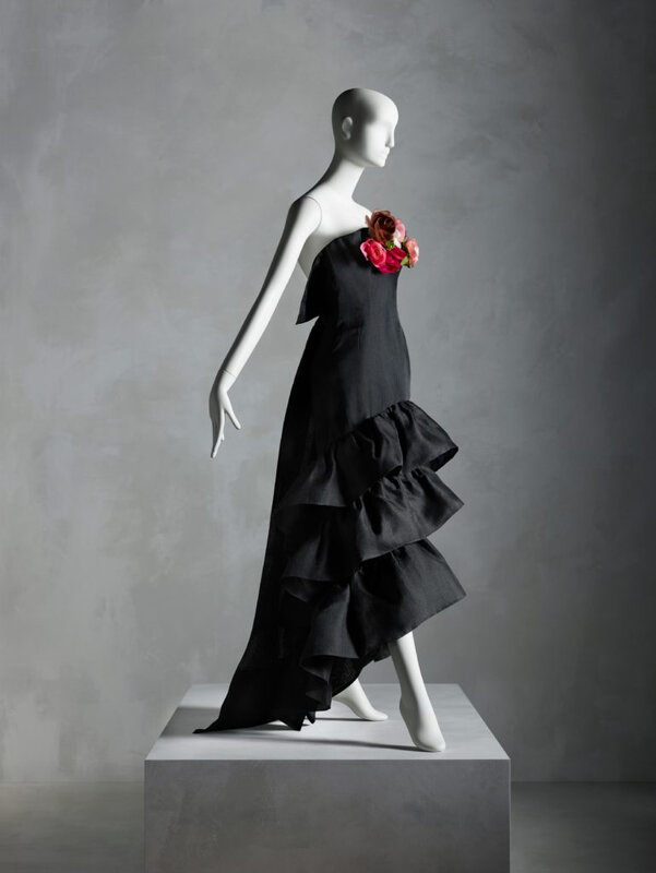 In Pursuit Of Fashion The Sandy Schreier Collection At The Metropolitan Museum Of Art Alain R Truong