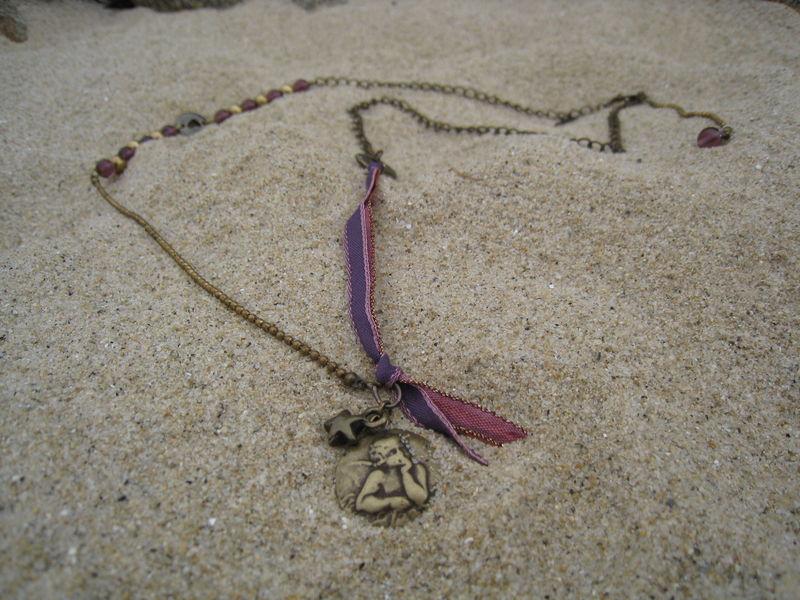 pendentif amulette ange