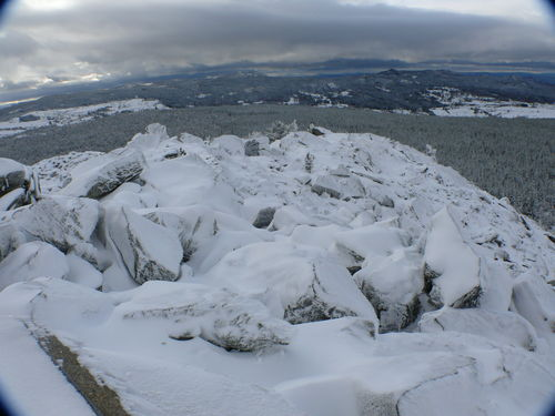 2008 10 30 Les roches du Lizieux pleine de neige