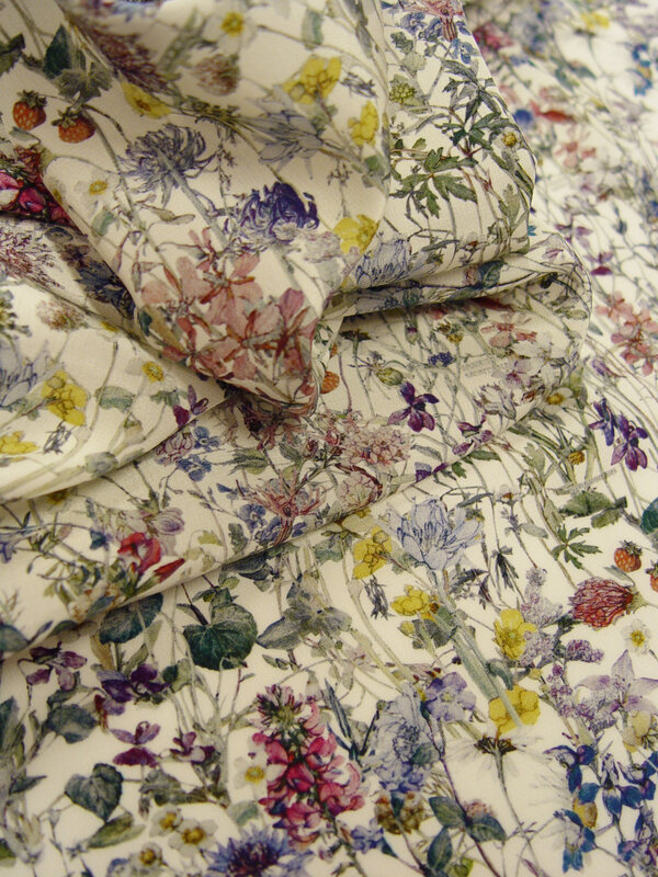 0234 0003 A Crepe de Chine Wildflowers-1