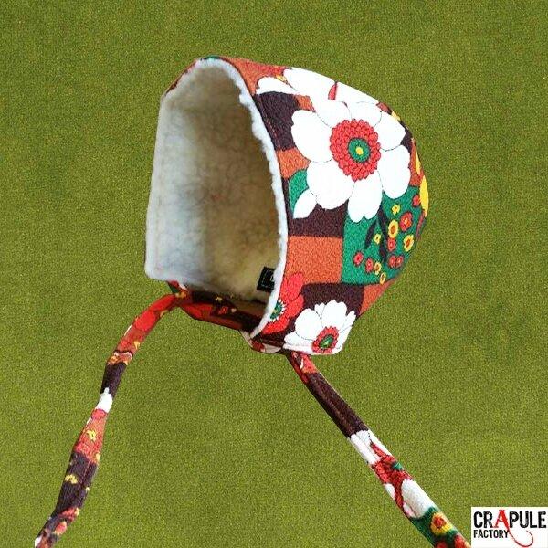 Béguin / Bonnet original vintage bébé fleurs seventies orange marron blanc vert par CrApule FActOry www.crapule-factory.com