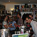 Le clos du mont-olivet en dégustation au vin devant soi
