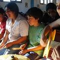 La Tía Pilar animando la Misa con Mitchel, Andrés, Jocelyne