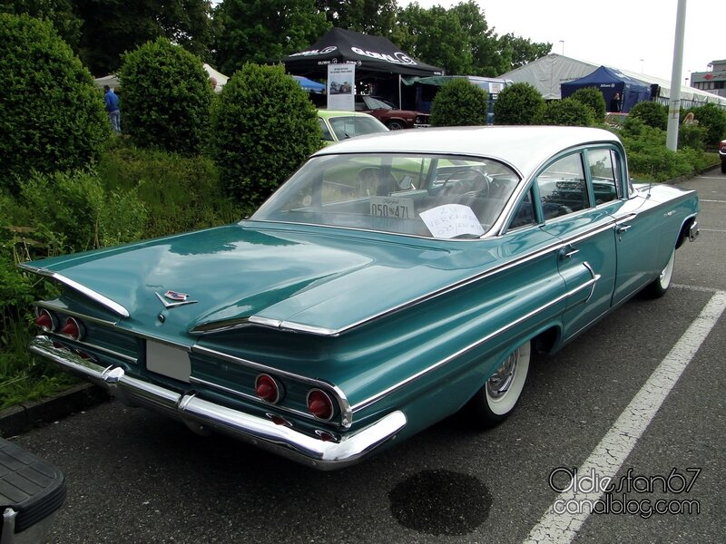 chevrolet-bel-air-sedan-1960-02