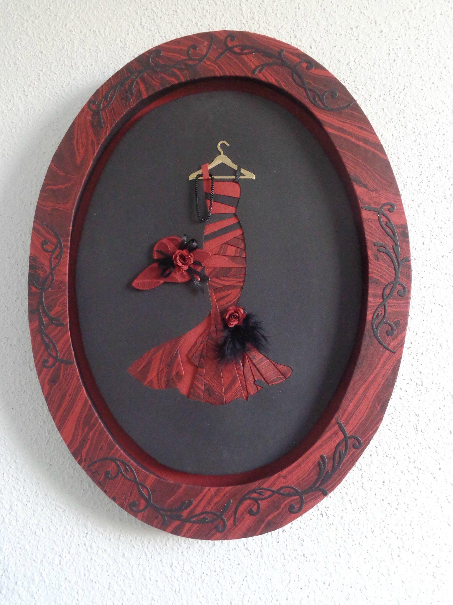 """Cadre ovale """"robe soirée"""""""