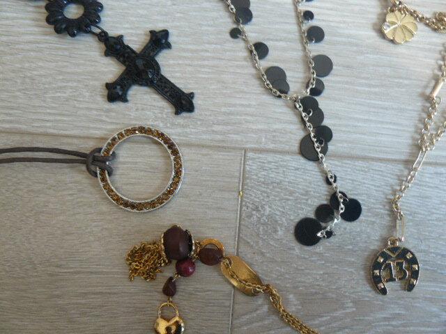 bijoux à trier 077