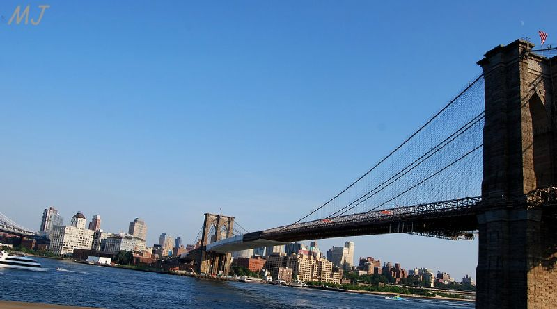 LE PONT DE BROOKLIN