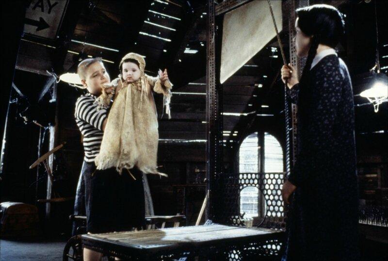 Mercredi, Pugsley et le petit Puberté Addams