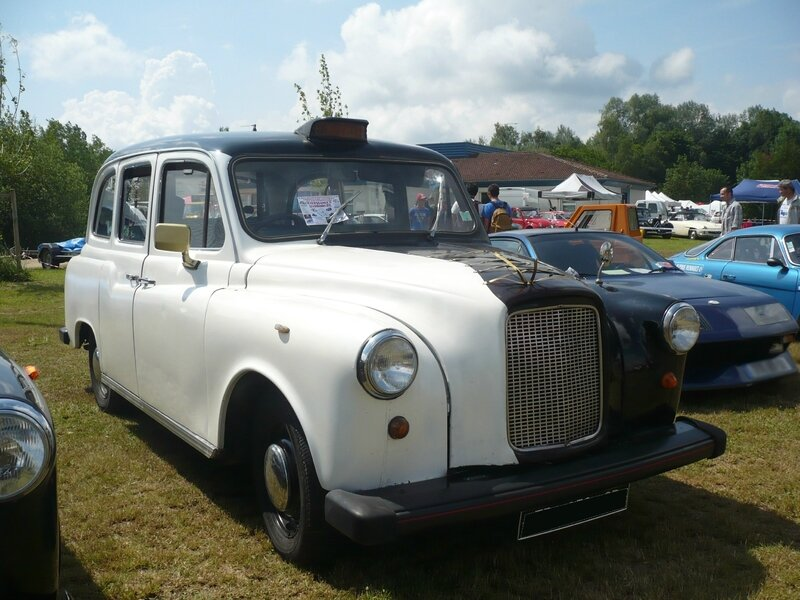 LONDON TAXI INTERNATIONAL Fairway moteur Rover 1983 Madine (1)