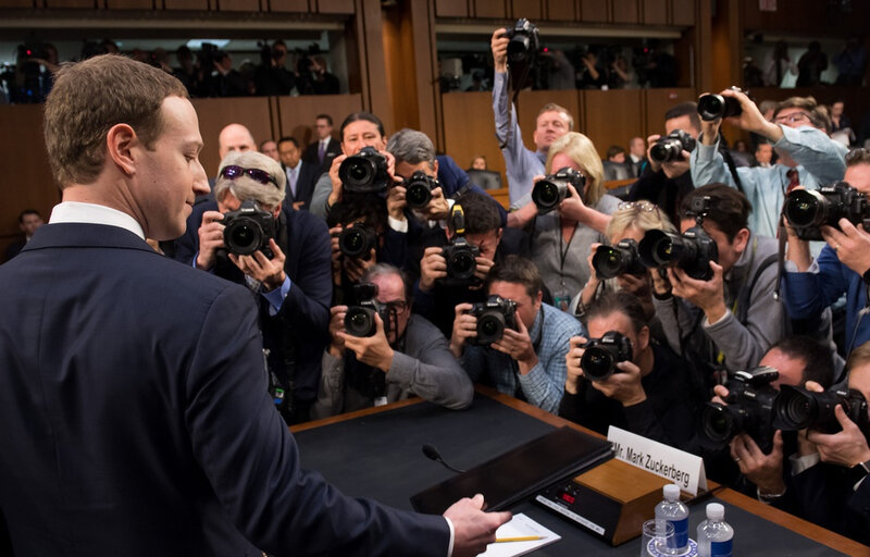 960x614_mark-zuckerberg-temoigne-devant-comite-senat-americain-affaire-cambridge-analytica-pendant-plus-cinq-heures-10-avril-2018