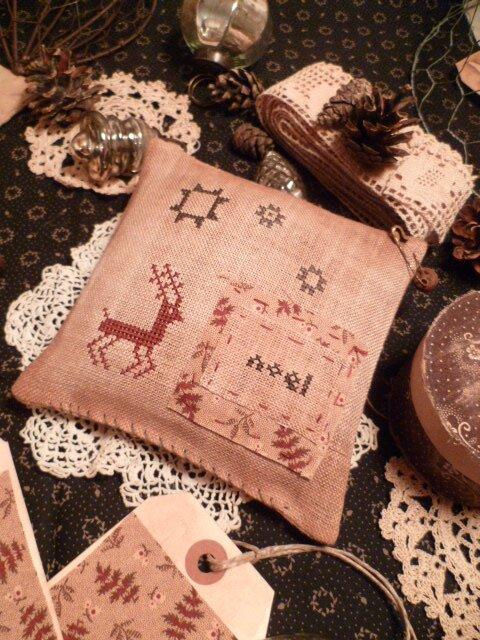 Reindeer Ohio Star Noel US$ 8.00