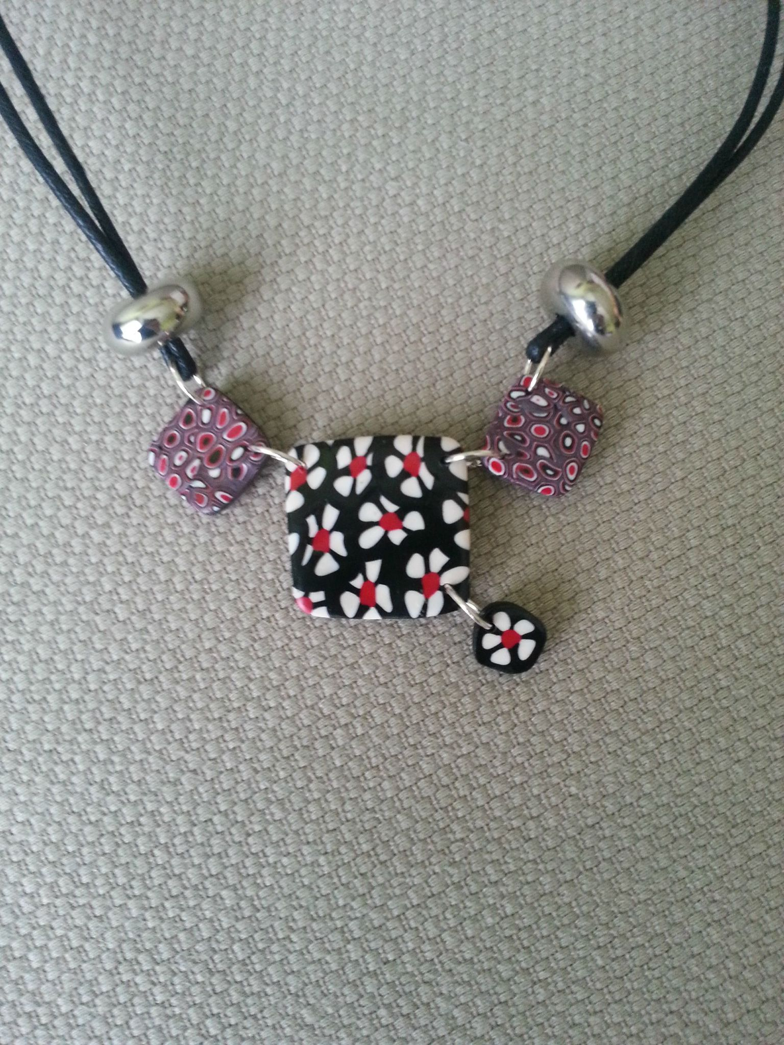 Collier 39