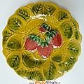 Vaisselle ancienne ... assiette à dessert * barbotine sarreguemines