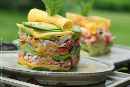 timbale_millefeuille_avocat_crabe_mangue