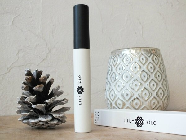 1 Natural Mascara Lily Lolo