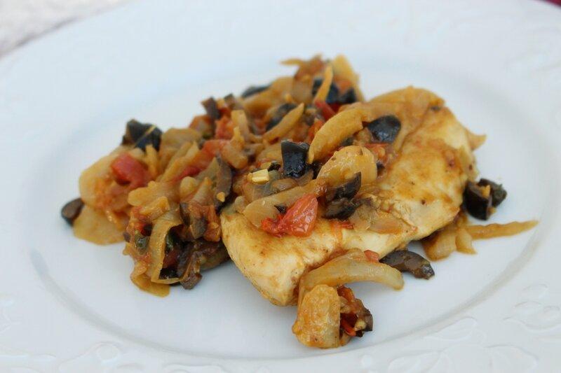 poulet tomates cerises olives noires