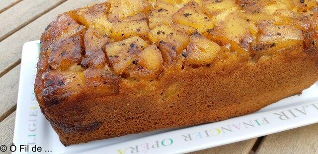 gâteau au yaourt et à l'ananas caramélisé (4)