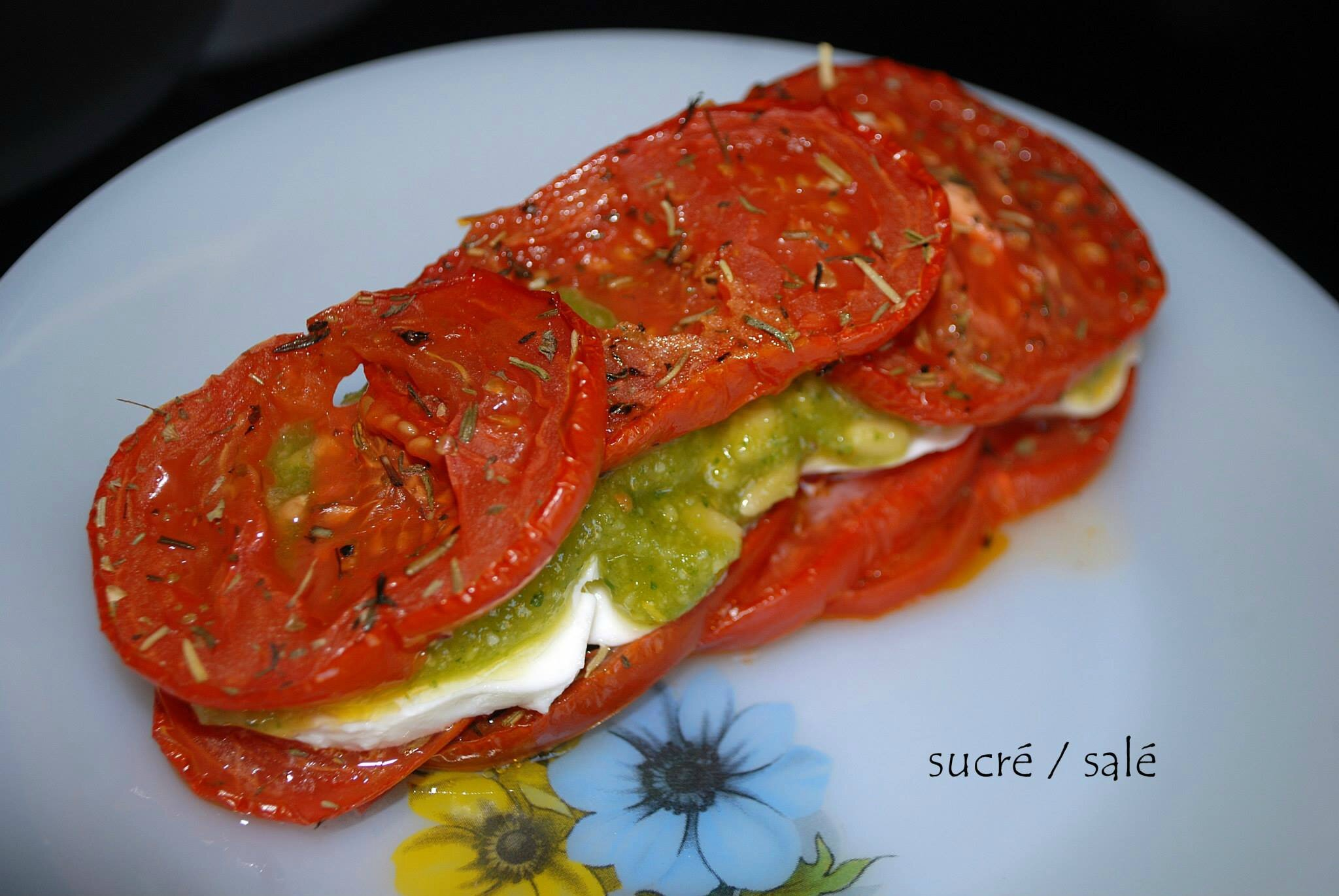 Mille-feuille tomates-mozzarella,pesto au basilic