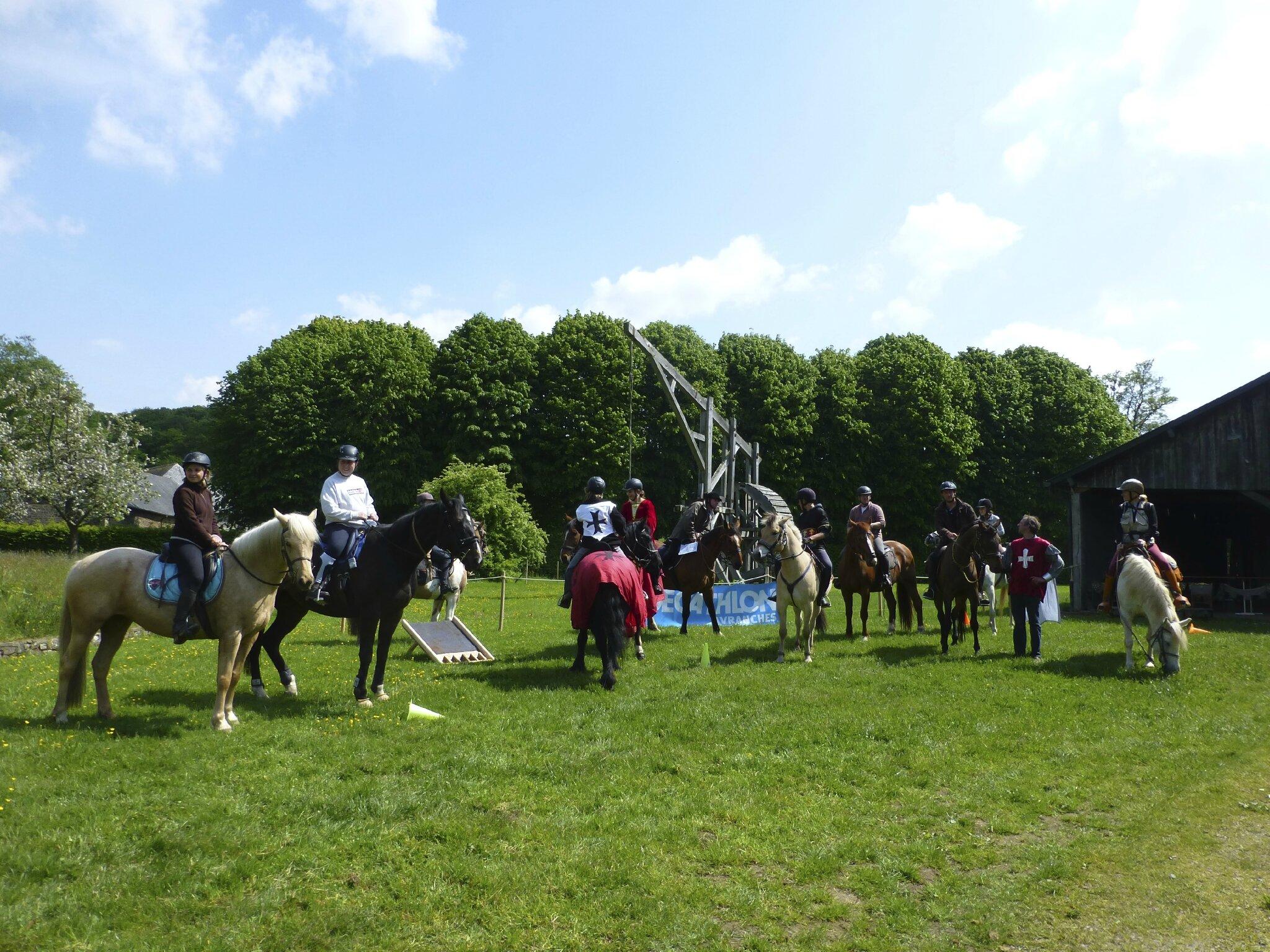 balade à cheval médiévale - Abbaye de Hambye (256)