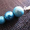 Pendentif / collier perles magiques bleues turquoise et perle nacrée