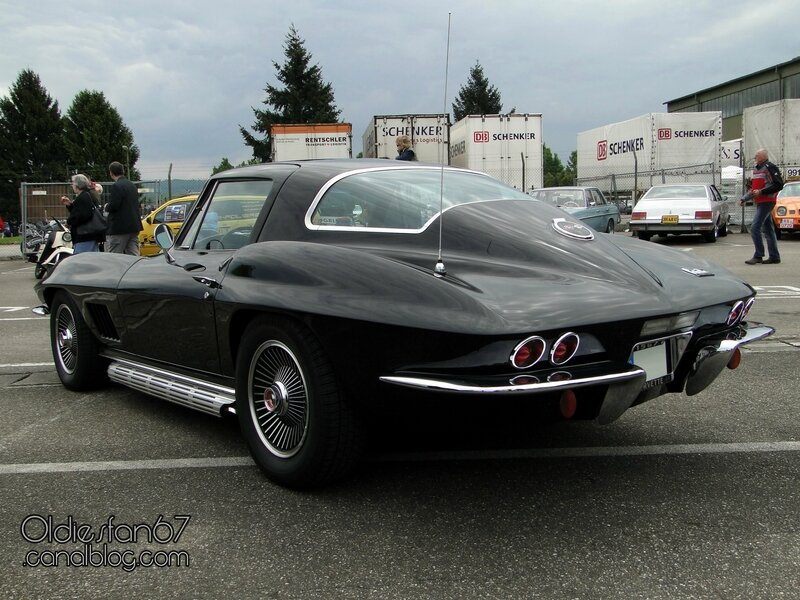chevrolet-corvette-sting-ray-coupe-1967-04