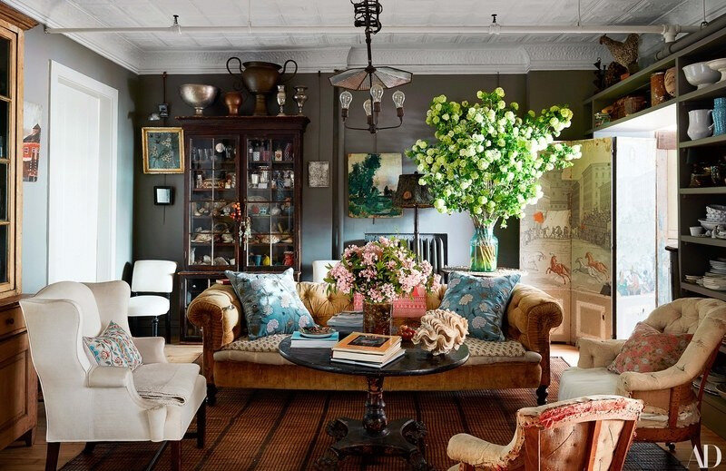 Vintage Eclectic Manhattan home of John Derian photos by Stephen Kent Johnson (9)