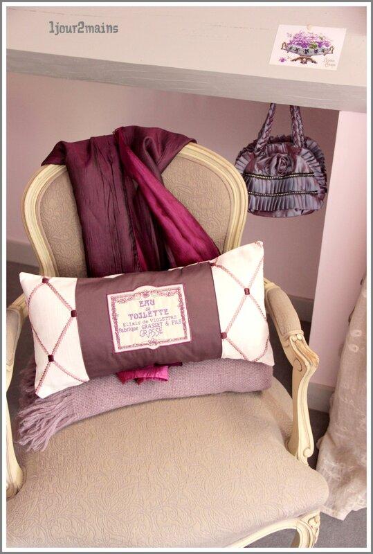 coussin violette in situ2